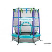 Indoor trampoline met net