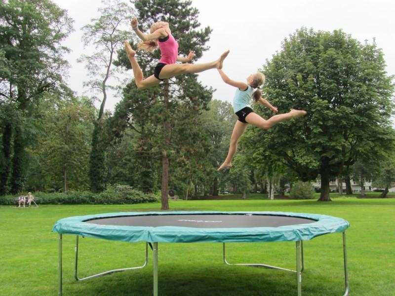 Spring een gat in de lucht met onze Supertrampolines